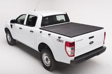 Extang 83490 Solid Fold 2.0 Tonneau Cover