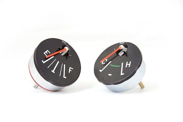 Omix-Ada 17209.01 Fuel and Temperature Gauges