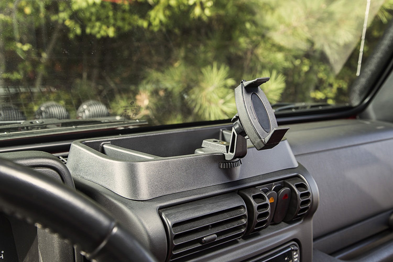 Go Pro Fits Jeep Wrangler TJ 97-06 13551.18 Rugged Dash Multi-Mount for Phone