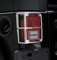 Euro Tail Light Guards 07-18 Wrangler JK Black Smittybilt 8665