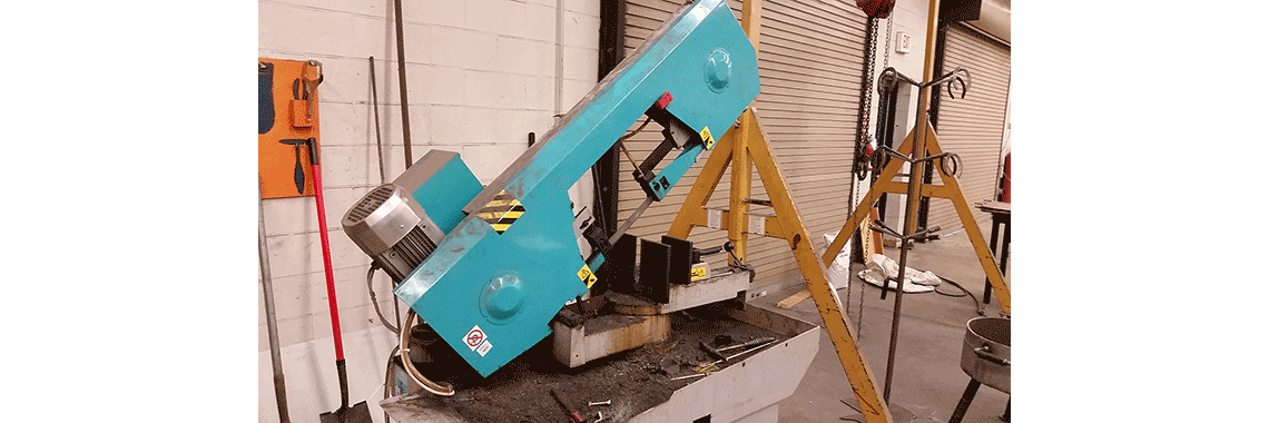 Heavy Duty Band Saw